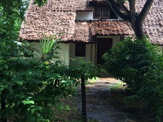 Juu Chini cottage