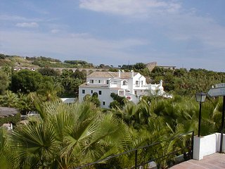 Lovely apartment on Oasis de Capistrano, Nerja