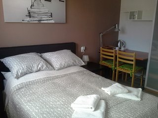 Comfortable room with ensuite bathroom+many extras