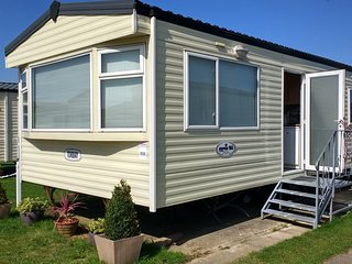 Thomas Caravan - Hayling Island Holiday Park