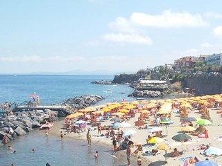 Casa vacanza con spiaggia a cento mt, Casamicciola Terme