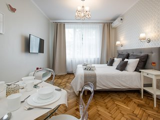 LUXE NEW*2 bed*Sleeps 4*CENTRAL*A/C, Krakow