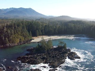 Ucluelet WYA Point Resort Thunderbird Lodge