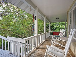 NEW! 3BR Fairview Cottage w/Scenic Private Patio!