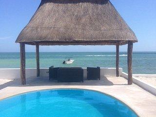 Marlin frente al mar, con piscina,a/c,wifi, sat tv