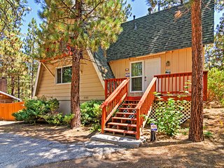 3BR Big Bear House w/Gorgeous Wooded Views!