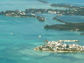 Osprey Nest Bahamas Beachside Home Sleeps6 Wifi TV, Green Turtle Cay