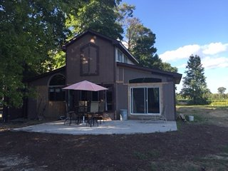 RusTic BaRn- GlAmPing- 2Br in Country near BEACHES, Greenwood