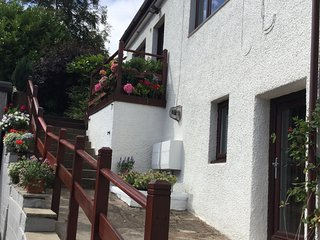 Seascape, perfect for city getaways, coastal & walking holidays, great location., Kinghorn