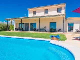 SA SORT LLARGA - Villa for 8 people in Sa Pobla