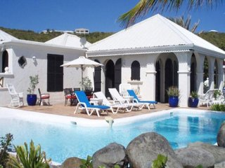 La Mission - Ideal for Couples and Families, Beautiful Pool and Beach, Terres Basses