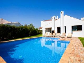 Villa Ali Three bedroom with private pool