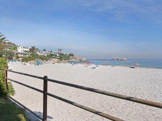 Beachfront 4 bedroom bungalow on Clifton 4th beach. Stunning views