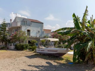 Amazing Beachfront Villa with Aeolian Islands View, Patti