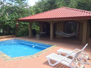 Ocean view  Villa B, Private Pool, Waterfall, Gated Community, AC
