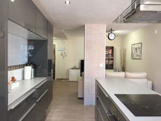 APARTMENT FOR RENT, NEW WITH SEA VIEW, Valencia