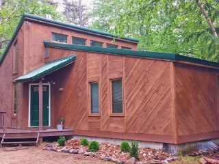 Cabin in the Pines at Chocoura Ski and Beach, Chocorua