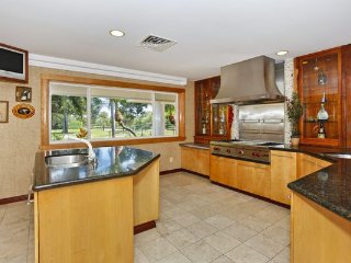 KeAloha Beachfront Estate- Last Minute Special, Honolulu