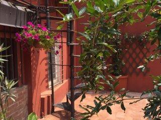 Al Borgo Mirasole appartamento con cortile privato