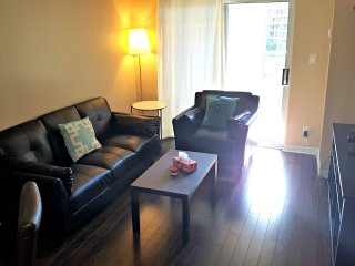 *1BR Furnished Suite, Square One, Mississauga 7650059