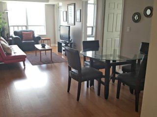 3BR Furnished Suite - Square One, Mississauga  - 0904O4