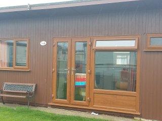 2 Bedroom, 4 berth chalet, Mablethorpe Chalet Park