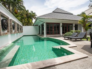 Beautiful Courtyard Villa with private pool., Kathu