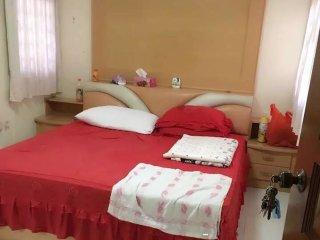 Cosy guest room - big room, Jurong