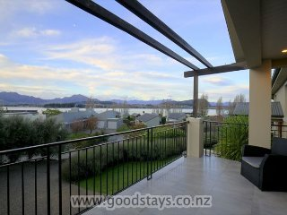 Sunrise Bay Luxury Lakeside, Wanaka