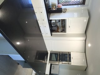 Bed ans Breakfast in Perth- Gold ensuited Queen, Thornlie