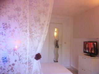 CHARMANT STUDIO &TV+WI-Fi à 20min PARIS-DISNEYLAND, Pontault Combault