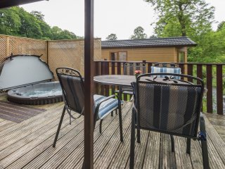 Tarn Hows Lodge - 2 bedrooms and Hot Tub