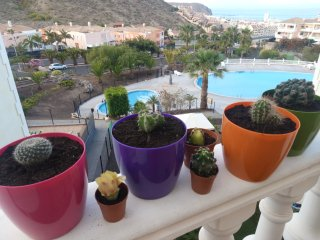 Lovely Suite in a residencial or entire house., Los Cristianos