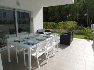 Stunning, ground floor, garden apartment, sleeps 5, Port de Pollença