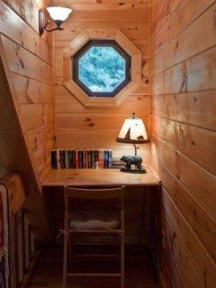 Desk area in the loft