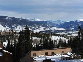 BREATHTAKING VIEWS Of Mountains And Lake Dillon! Central To All Ski Resorts, Ind