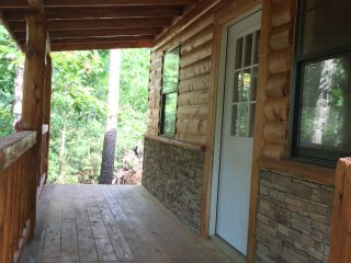 New Custom Log Cabin. Available For Rent Oct 1!, Mena