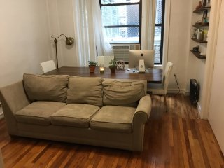 Large 3 beds in Manhattan one block from subway