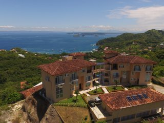 Luxury condominium Breathtaking ocean view, Playa Ocotal
