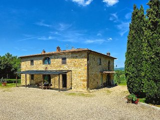 Villa Cortine with private pool in Chianti Area, San Donato in Poggio