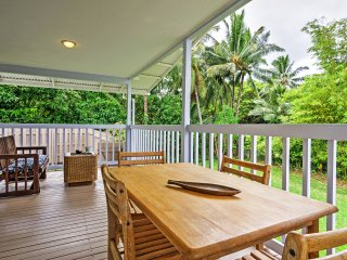 Enjoy your morning coffee and your meals on this private deck overlooking the lush vegetation and palm trees.