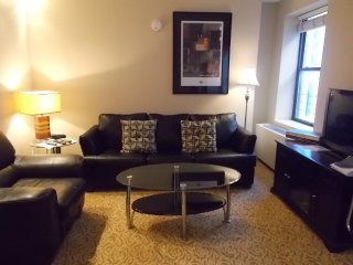 Furnished 1-Bedroom Condo at 7th Ave New York, Nueva York