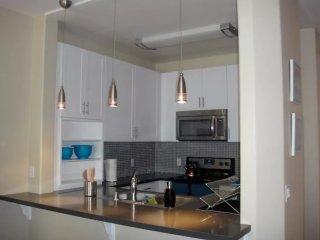 Furnished 2-Bedroom Apartment at Fiji Way Marina del Rey