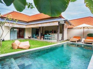 Sunny 'bamboo' private villa 2 bedroom