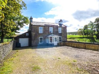 THORNLEIGH, detached, panoramic views, range oven, multi-fuel stove, in Alston, Ref 933560