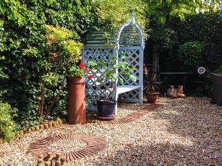 22 PRIORY ROAD, courtyard garden, WiFi, parking, in Warwick, Ref 943415