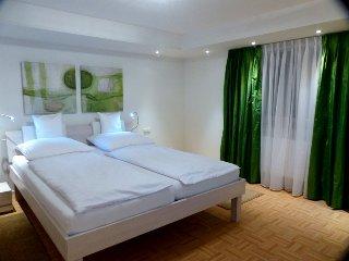 Bedroom double bed 2,20m, TV