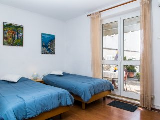 Apt Plavi Zal-One Bedroom Apartment with Terrace