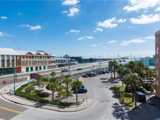 #301 Beach Place Condos