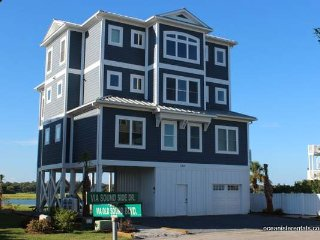 Waterfront-123VSS- golfcart, private dock,elevator, Ocean Isle Beach